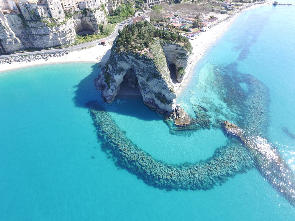 Tropea from above by http://www.explore-calabria.com/