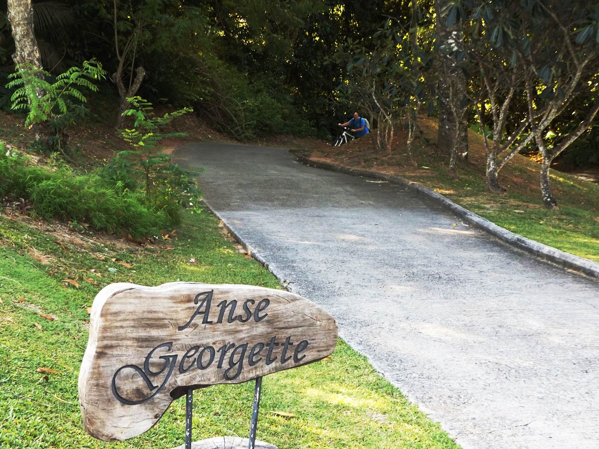 Path to Anse Georgette