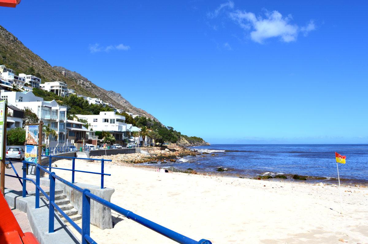 Bikini Beach, Gordons Bay
