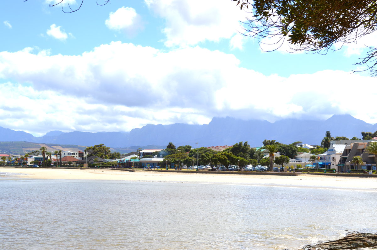 Main Beach, Gordons Bay
