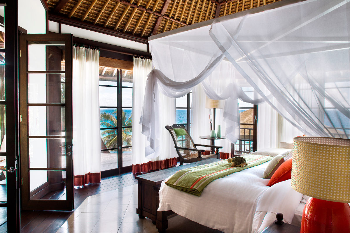 Bedroom with a seaview