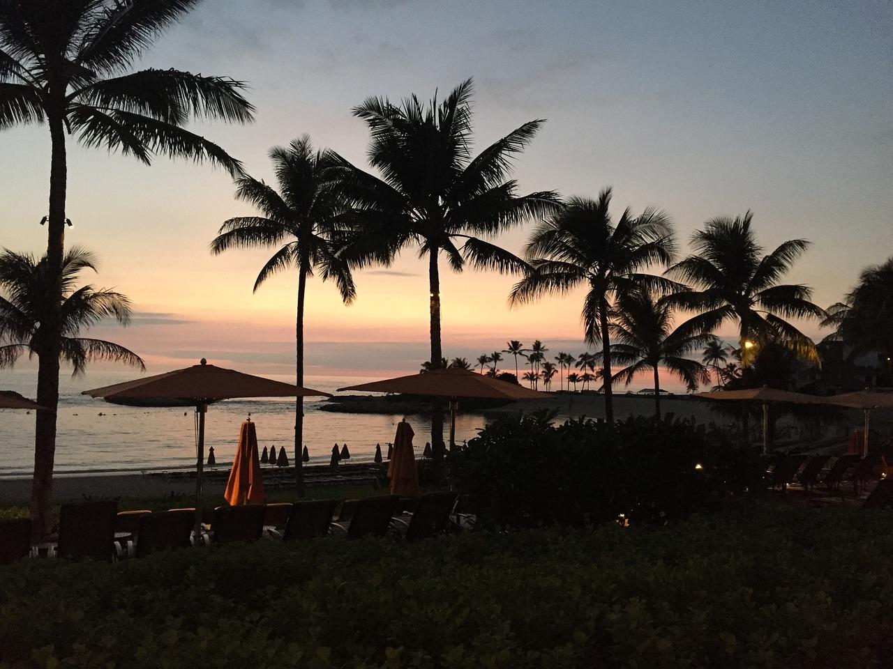 Sunset on Ko'Olina Beach