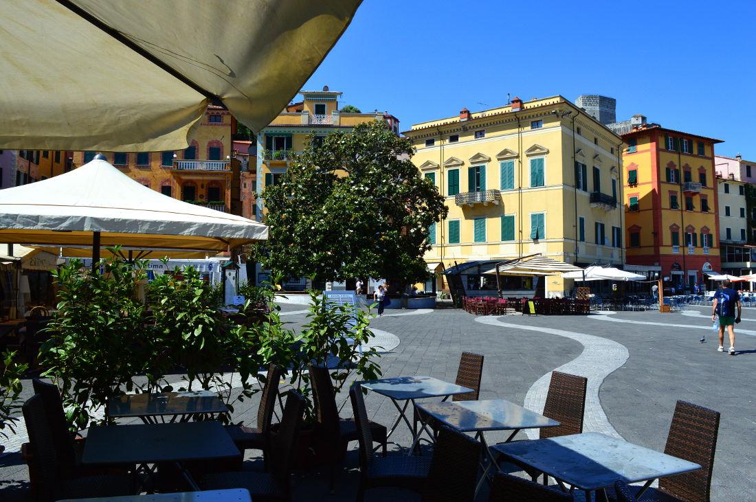 Piazza in Lerici
